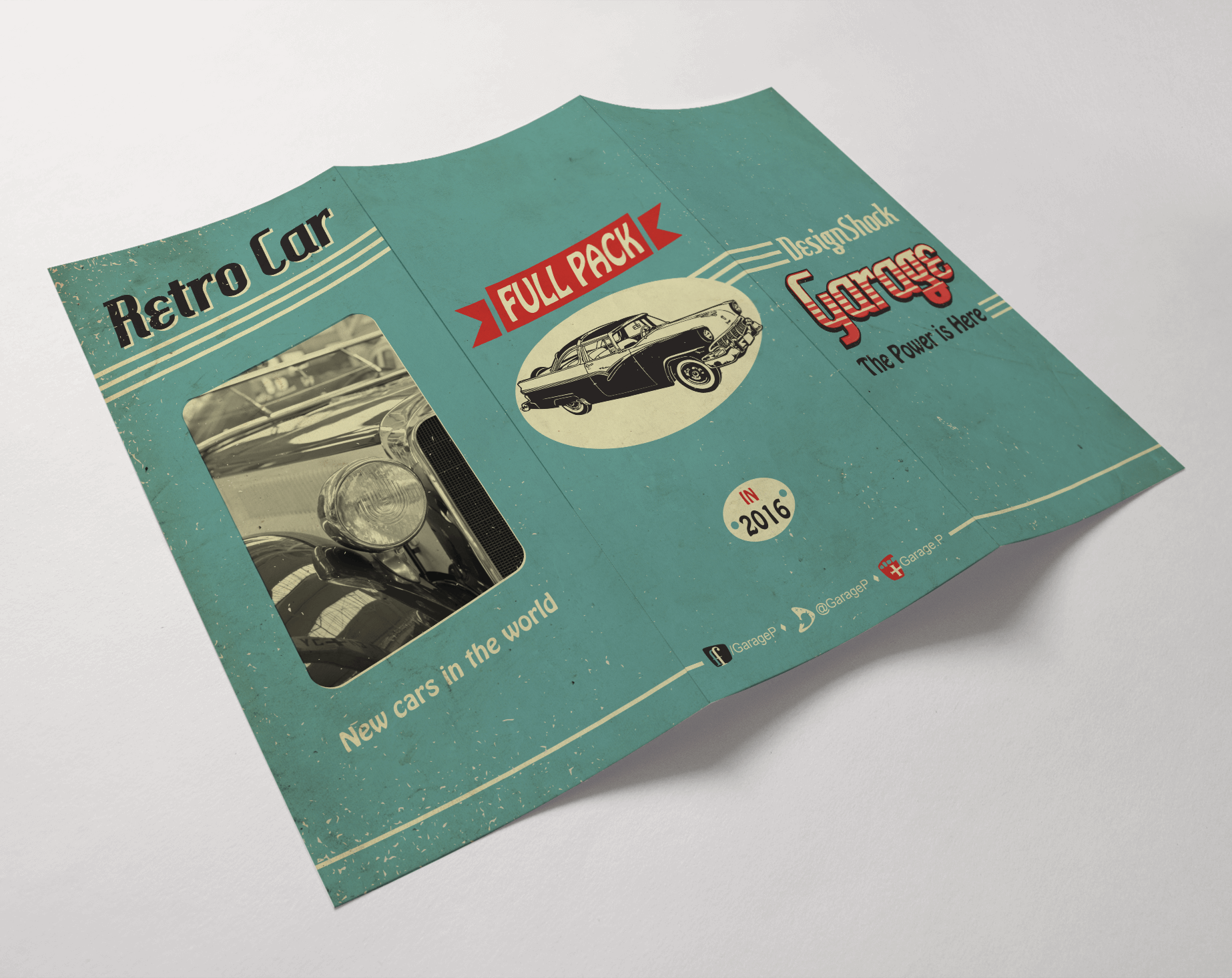 trifold-vintage-car-outside